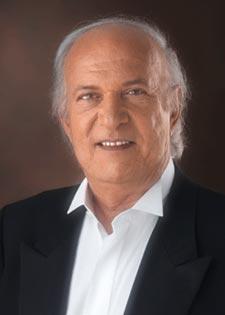 الموسيقار عمر خيرت في خيمة الموسيقى
